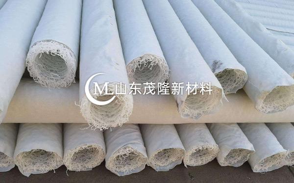 白色塑料盲沟产品演示图2