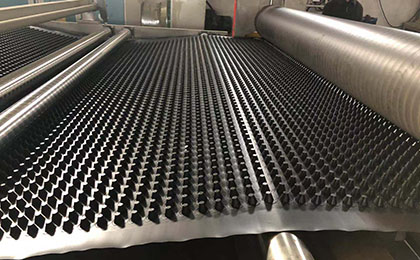 关于排水板的使用功能介绍