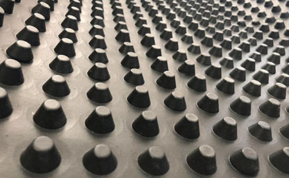 排水板的生产过程及给用户带来的好处